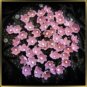 цветок 6 лепестков 15мм темн.-фиолетовый с белой серединкой 50шт. мастика сах.