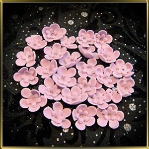 цветок 5 лепестков 25мм св.-фиолетовый с фиолетовой серединкой-цветком 20шт. мастика сах.
