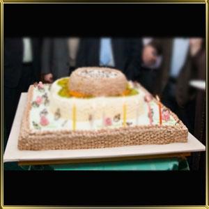 подставка д/торта пласт. квадр. 1 ярус.  700*700мм
